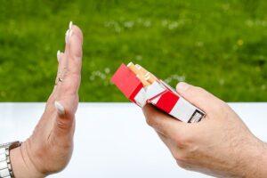 evita fumar para ahorrar más